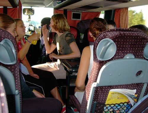 7 Ventajosos Beneficios al Viajar en AUTOBUS